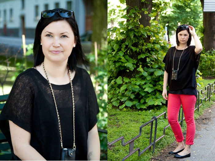Top from by Malene Birger, pants from Lexington, mobile bag from Stylesnob and glases from See By Us.