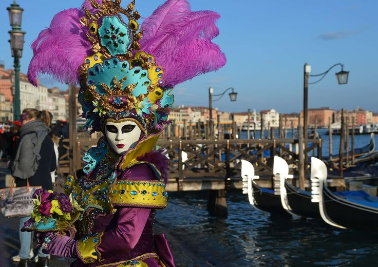 Venice Carnival 2015 – in pictures I always find myself inspired by the amazing art of the costumes and the masks in this festival.