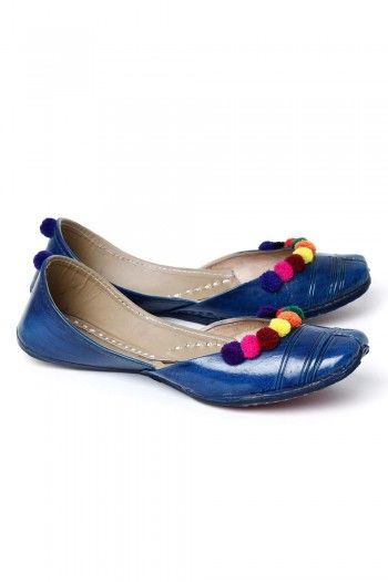 Brilliant #Blue #Jutti on http://www.indiainmybag.com/punjabi-juttis