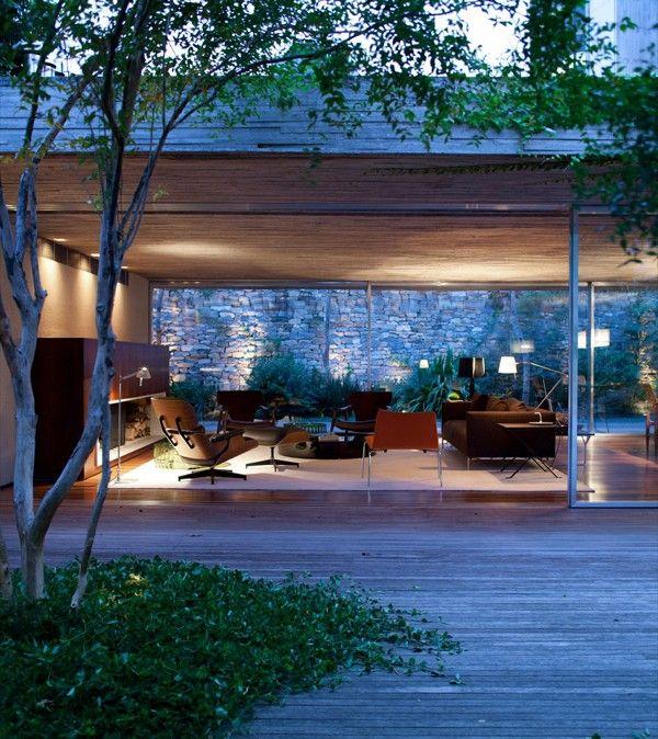 Chimney House by Marcio Kogan and Studio MK27 - wave avenue