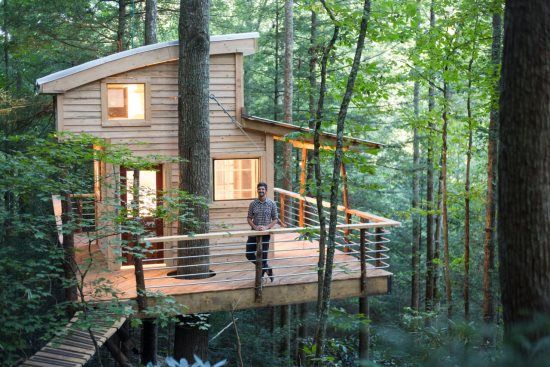 Treehouse for rent at Red River Gorge