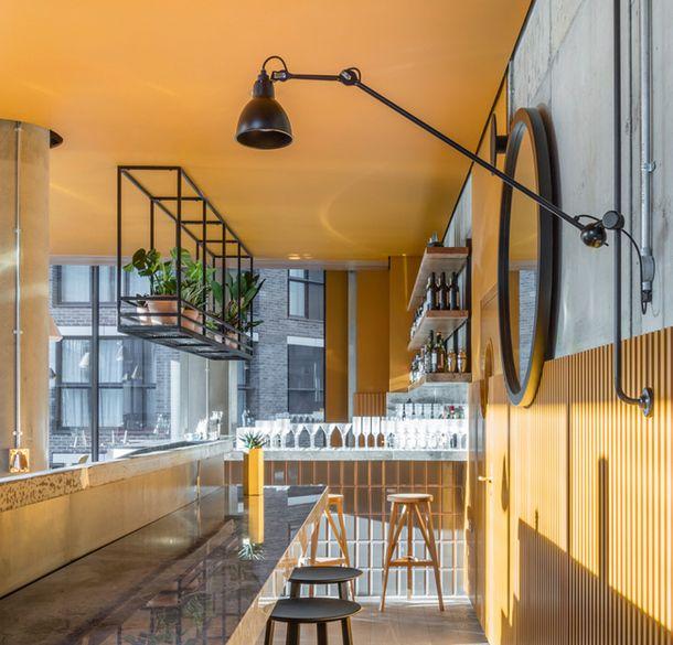 Кафе-бар Treves & Hyde в Лондоне