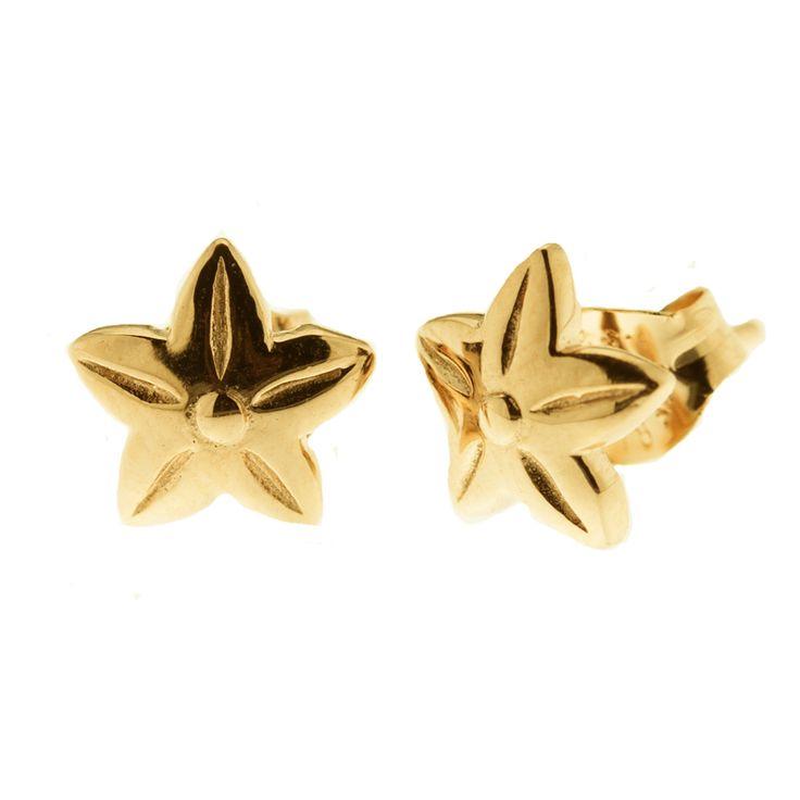 Small flower sterling silver ear studs from Svane & Lührs. // Worldwide shipping EUR 5 //