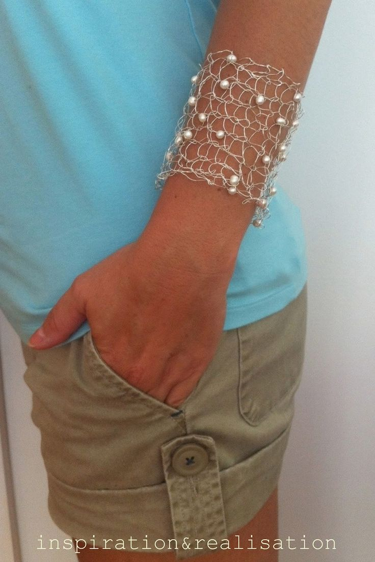 inspiration and realisation: DIY Fashion - knitted silver bracelet with fresh water pearls