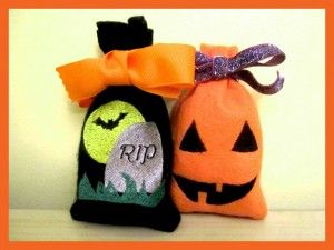 Free Easy In The Hoop Machine Embroidery Halloween Treat Bags Tombstone and Jack O Lantern Two Pack