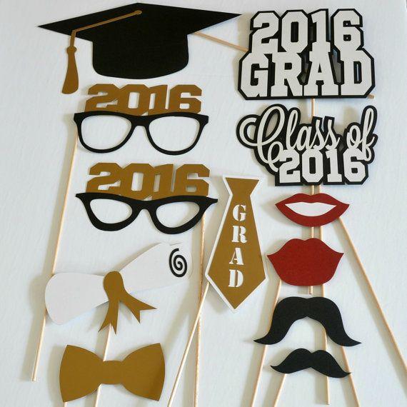 Apoyos de la cabina de la foto de graduación por DecorateYourBigDay