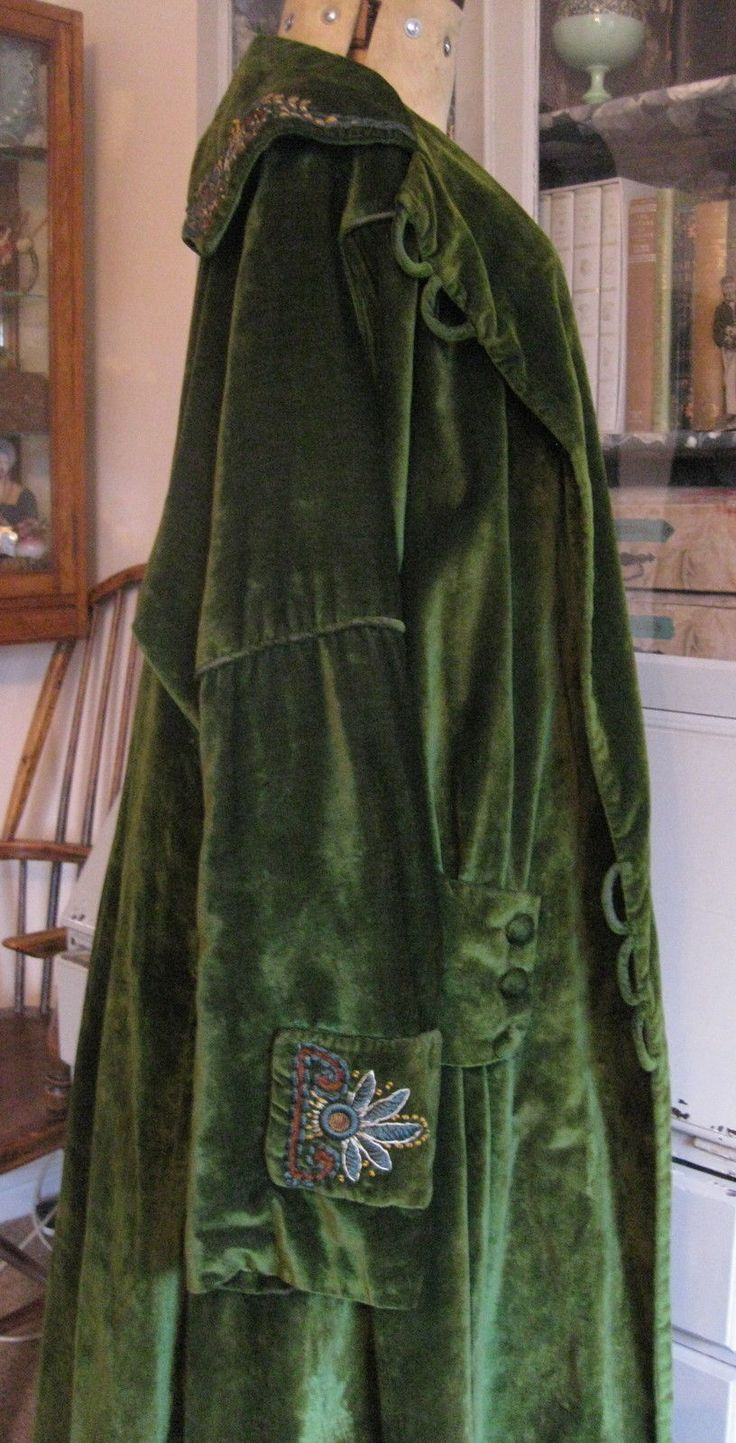 Fabulous Embroidered Flapper Antique Vintage Green Velvet Opera Coat 1920 in Clothes, Shoes & Accessories, Vintage Clothing & Accessories, Women's Vintage Clothing, Coats & Jackets   eBay