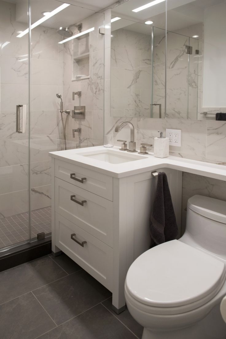 Contemporary condo bath modern bathroom chicago by jill jordan - Find This Pin And More On Contemporary Bathrooms Bathroom Design