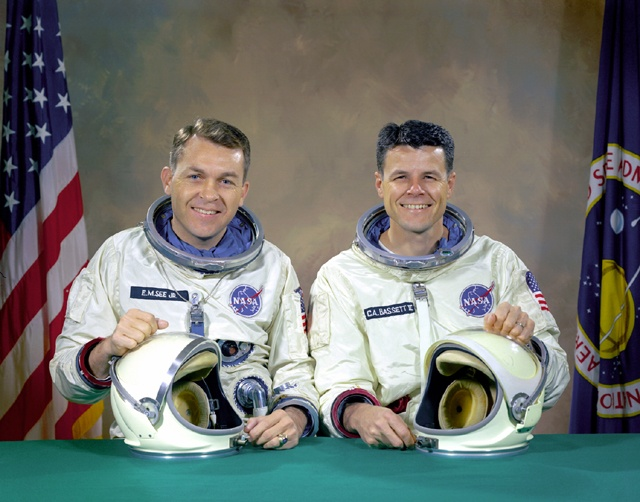 35 best images about Pictures : NASA Astronauts on ...