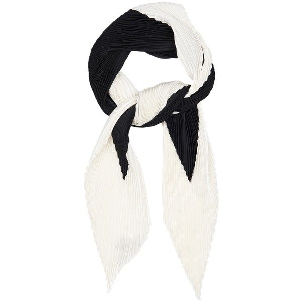 Valentino Pleated silk scarf (1.840 BRL) ❤ liked on Polyvore featuring accessories, scarves, black white, silk scarves, valentino scarves, black and white scarves, pure silk scarves y silk shawl