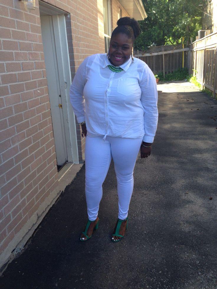 Summer ootd: white blouse + white pants + green chunky heels.