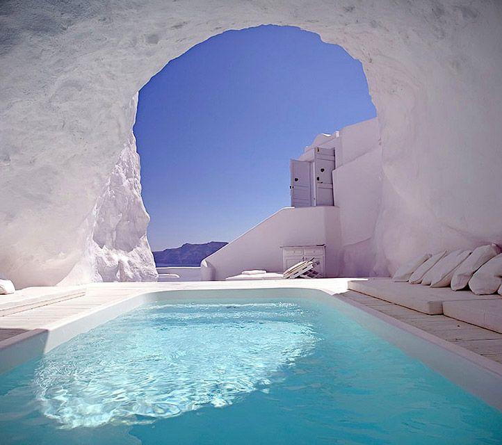 Katikies Hotel Cave Pool