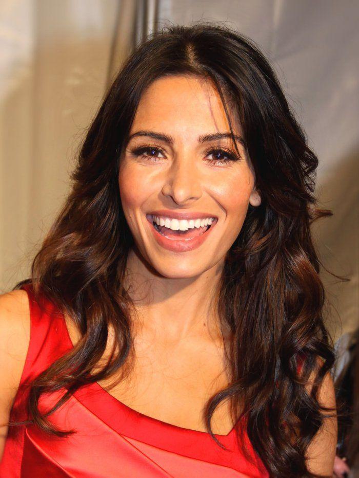 """Sarah Shahi spielt eine wiederkehrende Rolle in """"City on a Hill"""""""