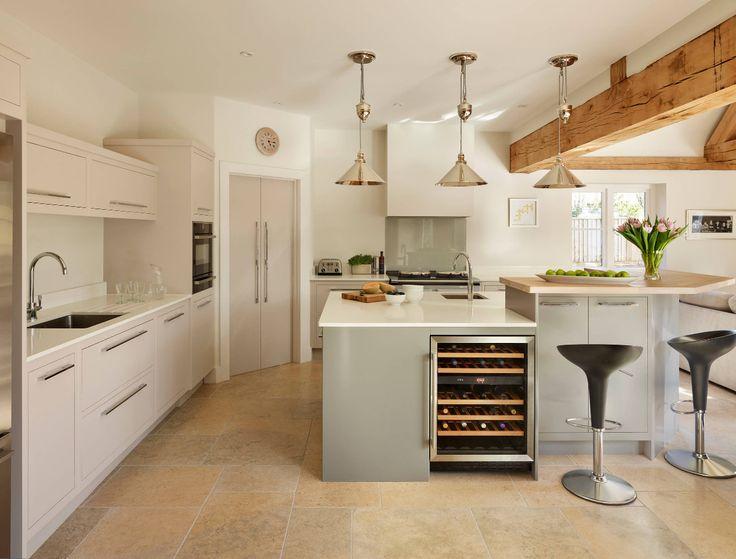Möchten Sie eine elegante Küche, dann wählen Sie unsere Quarzstein Arbeitsplatte.   http://www.arbeitsplatten-deutschland.com/quarzstein-arbeitsplatten-moderne-quarzstein-arbeitsplatten