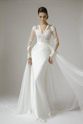 Long sleeve v neck wedding dress #wedding #weddingdress