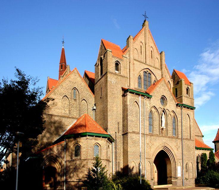 Onze lieve Vrouwe kerk in Hengelo (o)! art deco - Google Search