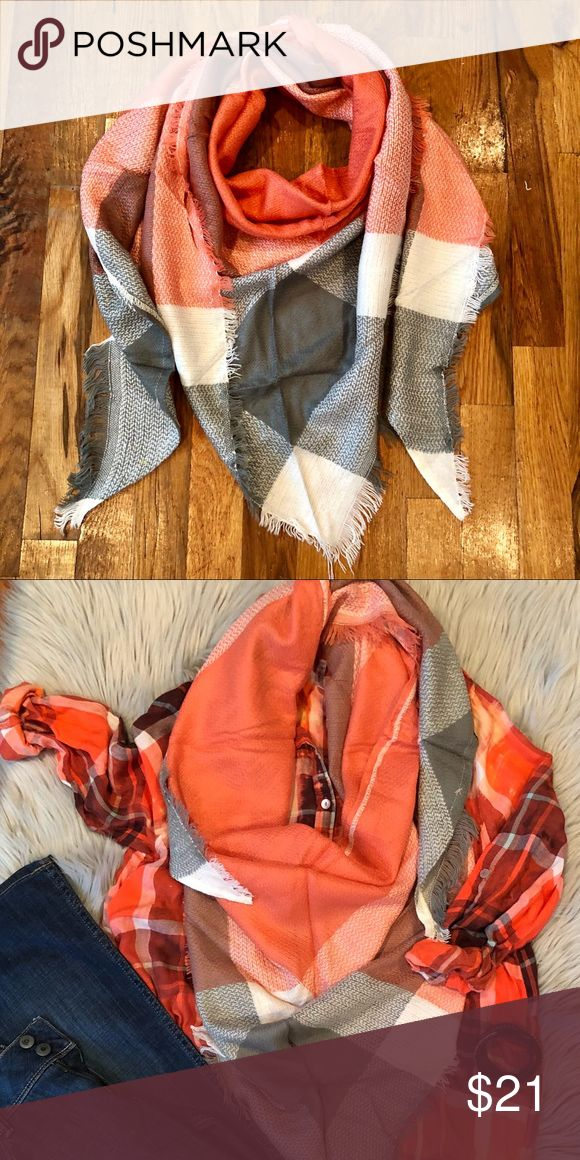 🆕 Gray & Orange Triangle Scarf It's time for cozy scarves, ya'll! Unlike traditional blanket scarves, our easy scarves are triangular shaped for incredibly easy wrapping and folding. No instructions necessary(; Approx. 70x50x50. 100% Acrylic B. Effortless Accessories Scarves & Wraps