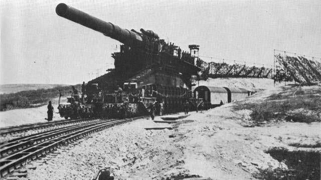 80 cm rail gun German WWII. heaviest ammo ever used