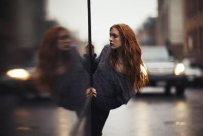 reflection: Sexy Redheads, Fashion Spots, Red Hair, Dreamphotographi Ideas, Ginger Women, Photographers Inspiration, Hair Color, Red Head, Marvel Redheads