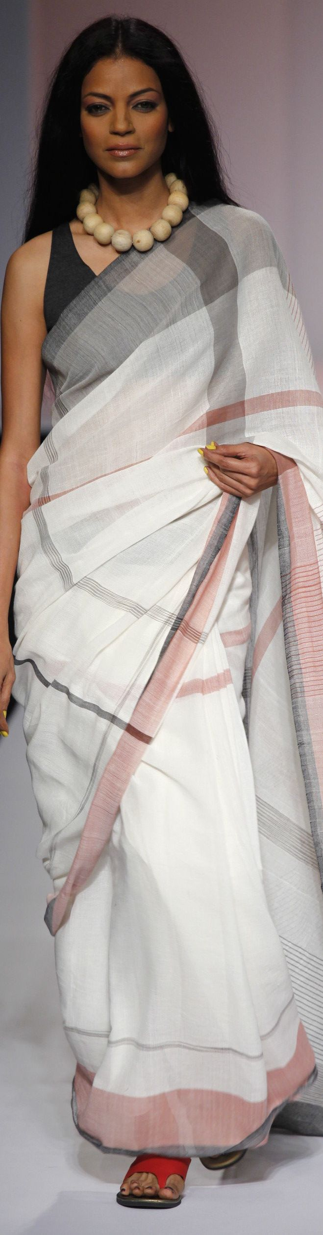 Wendell Rodricks' Show at the Wills Lifestyle India Fashion Week SS 2011 Reviving the original Kunbi sari from the Kunbi tribe collection - original pin by @webjournal