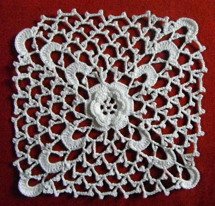 les 29 meilleures images du tableau guipure d 39 irlande irish crochet sur pinterest crochet. Black Bedroom Furniture Sets. Home Design Ideas