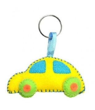 Llavero de fieltro con coche. - www.HolaCaracolaShop.com