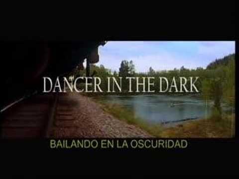 """""""Dancer in the dark"""" de Lars von Trier. """"Lo he visto todo: he visto los árboles, he visto las hojas de los sauces danzando en la brisa, he visto un hombre muerto a manos de su mejor amigo, y vidas gastadas antes de terminar; he visto lo que fui, y sé lo que seré. Lo he visto todo; no hay nada más que ver."""""""