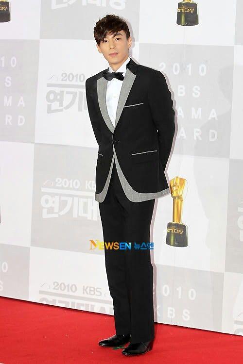 2010-12-31 KBS Drama Awards | Kim Ji Han (Jin Yi Han)