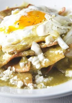 Chilaquiles_Manifesto_The-best-recipe-for-Chilaquiles-Verdes_Yes,-more-please!