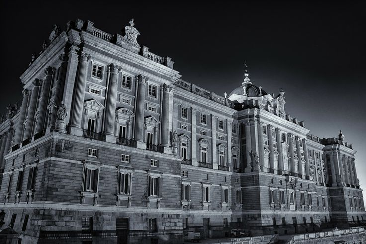 Palacio Real de Madrid by Javier  on 500px