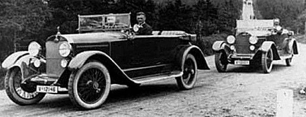 Audi Type K 14, 50 de 1922  Audi Type K 14-50, empattement 3.53 m, poids 1400 kg, pneus avants et arrières 8.95X13.5, moteur 4 cyl. 3.6L 50 ch, pour une vitesse maxi de 95 km/h, produite de 1922 à 1927.