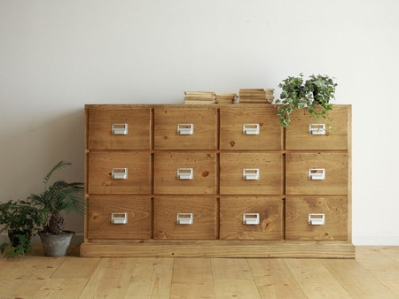 Love this wooden chest of drawers
