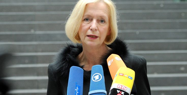 Studienabbrecher fördern - Pläne der Bundesregierung - Bildungsministerin Johanna Wanka möchte versuchen, das Potenzial von Studienabbrechern zu nutzen.