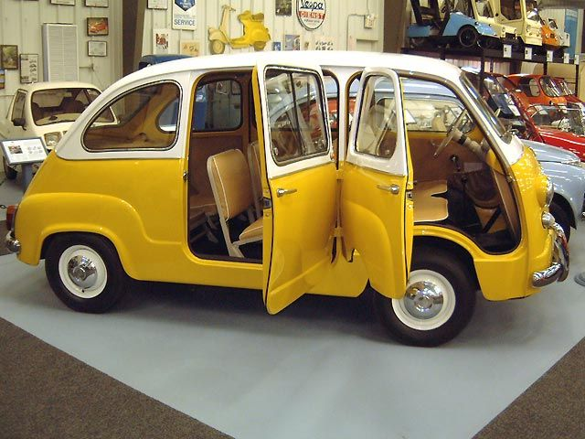 1960 Fiat 600 Multipla. Not sure if I'm coming or going but it's gonna be fun getting there!