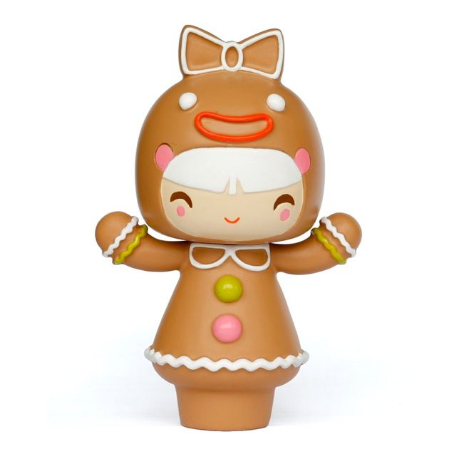 Treacle PMomiji are handpainted resin message dolls. Turn them upside down...inside every one theres a tiny folded card for your own secret message. /PPSpread the love./PPAll dolls�are approx 8cm (3in) tall./P