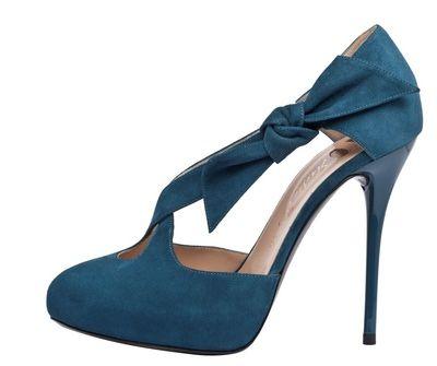 Zapatos azules, cómo combinar y conjuntarlos según modelo y ocasión