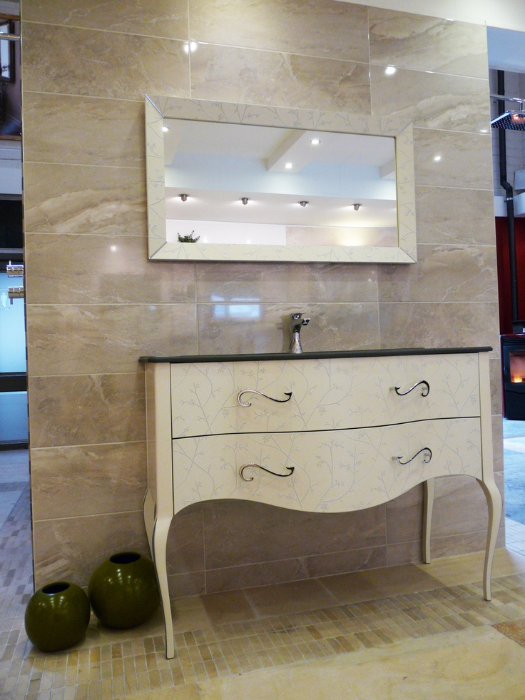 Fiora Vivaldi basin & vanity unit
