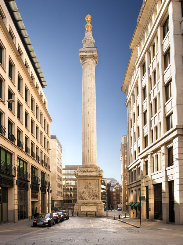 Monument commemorates the Great Fire of London in 1666.