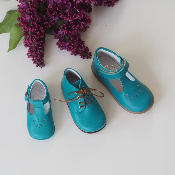 Beberlis turkis begynnersko – Hola Lola #kidsshoes #babyshoes #leathershoes