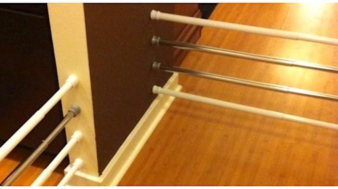 Tout le monde connaît les tringles à rideaux extensibles. Ces barres de tension ont l'avantage de s'installer très facilement. Pas besoin de percer de trous dans le mur ! En plus, comme elles ...