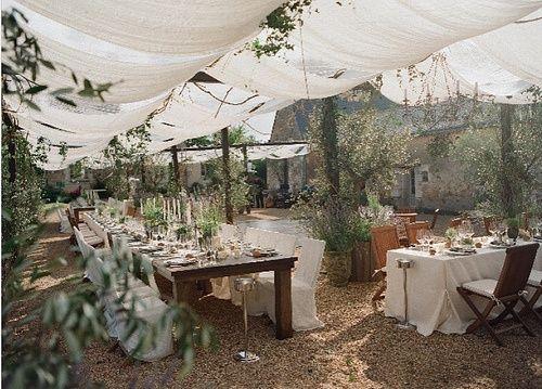 my fav outdoor wedding <3