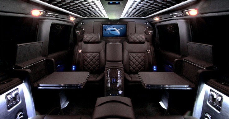 that 39 s what i call luxury travel mercedes viano black. Black Bedroom Furniture Sets. Home Design Ideas