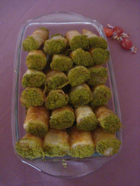 Deli Kız Pınar Mutfakta: Kadayıflı Börek Tatlısı