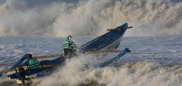Waspada, Gelombang di Perairan NTT Kembali Meninggi
