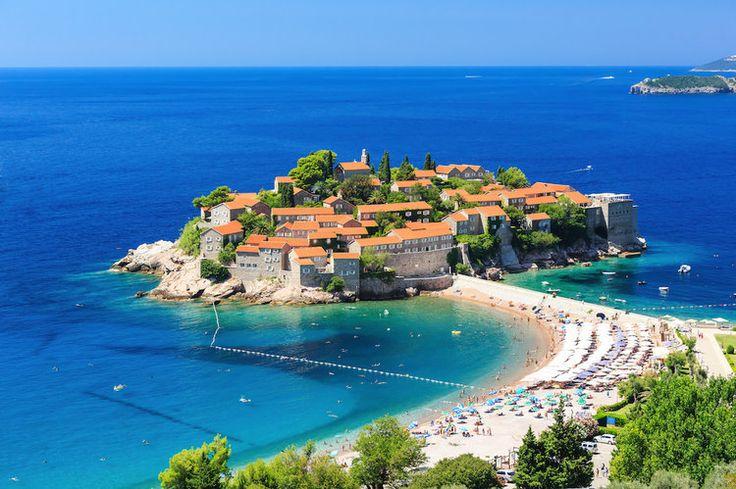 La plage de Sveti Stefan au Montenegro