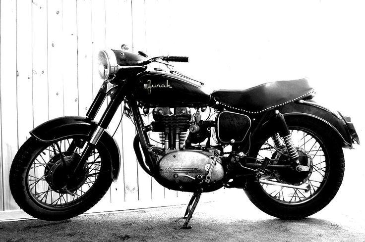 My SFM Junak m10 1963