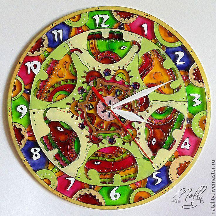 """Купить Часы """"Хоровод"""" - часы настенные, часы настенные из стекла, Роспись по стеклу, часы с росписью"""