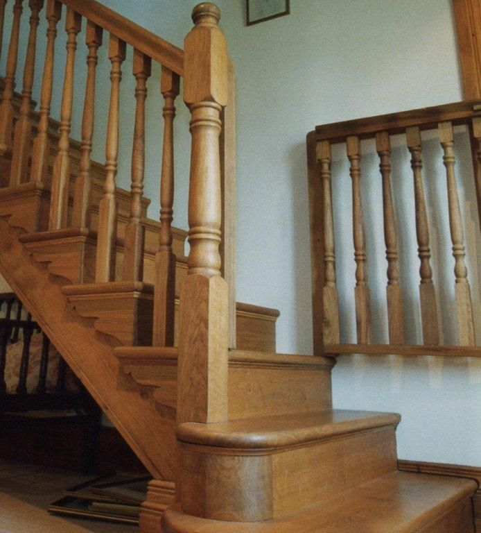 Oak staircase with stairgate