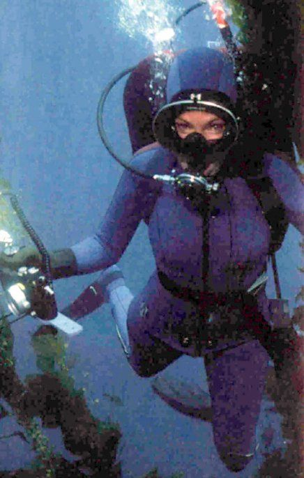 All about Miss Scuba Dive Gear With Girls In Mind - kidskunst.info bd108e765