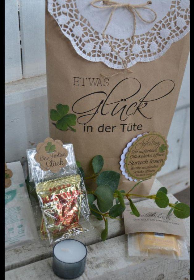 Die besondere Geschenkidee. Mit etwas Glück in der Tüte könnt Ihr all Eure LIEBEN glücklich machen und Freude und Erholung schenken... Ein leckerer Tee, ein Glückskeks, ein leckere Schokolade und...